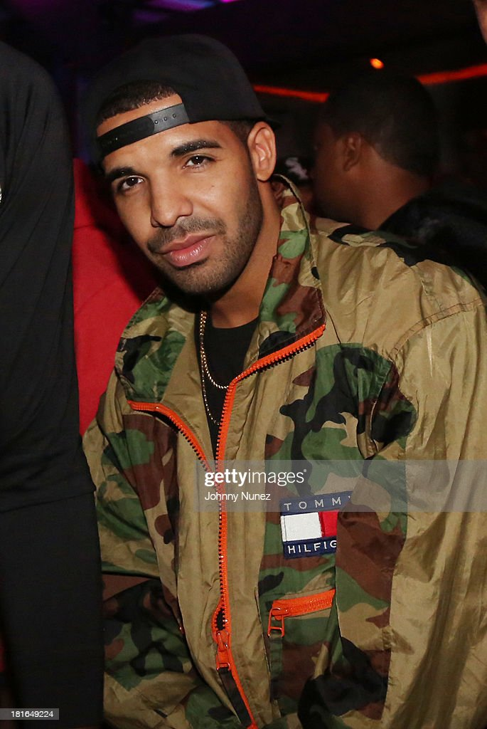 Drake attends Kevin Durant's 25th Birthday Party at Avenue on September 22, 2013 in New York City.