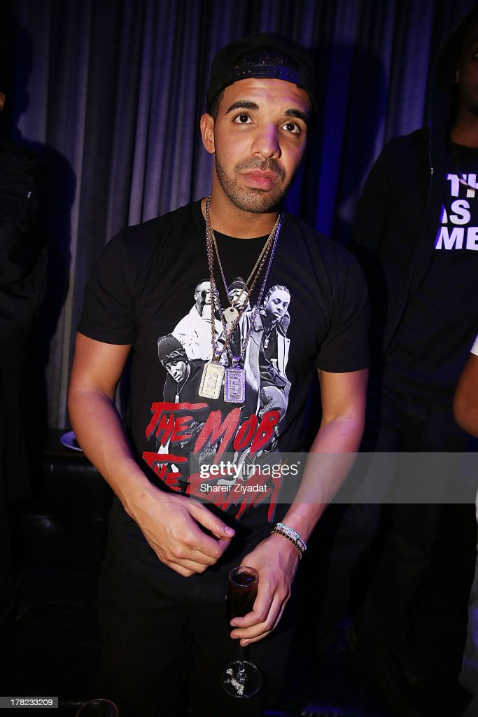 Drake attends the 2013 VMA After Party at PhD (Dream Downtown Hotel Rooftop) on August 25, 2013 in New York City.