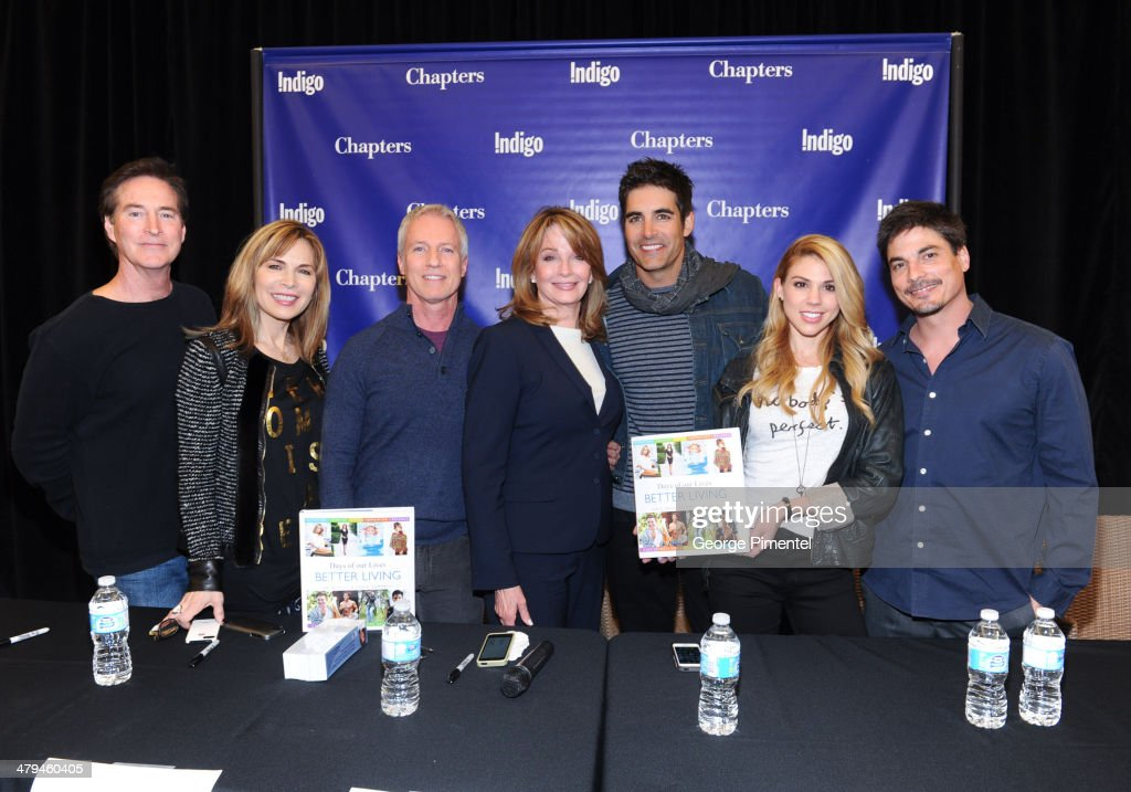 """""""Days Of Our Lives Better Living"""" Cast Member Signing"""