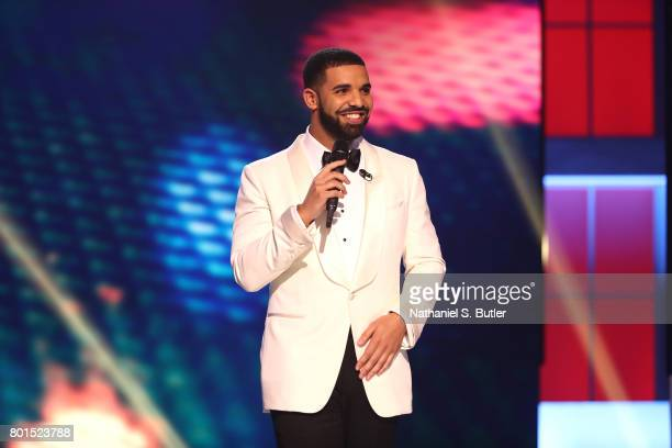 Drake host the NBA Awards Show on June 26 2017 at Basketball City at Pier 36 in New York City New York NOTE TO USER User expressly acknowledges and...