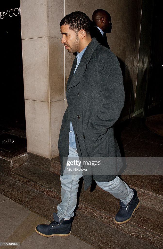<a gi-track='captionPersonalityLinkClicked' href=/galleries/search?phrase=Drake+-+Entertainer&family=editorial&specificpeople=6927008 ng-click='$event.stopPropagation()'>Drake</a> is seen leaving Nobu restaurant, Park Lane on March 9, 2014 in London, England.