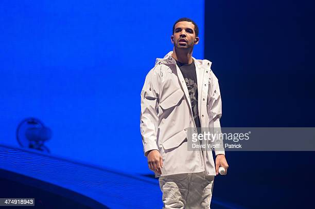 Drake performs at Palais Omnisports de Bercy on February 24 2014 in Paris France