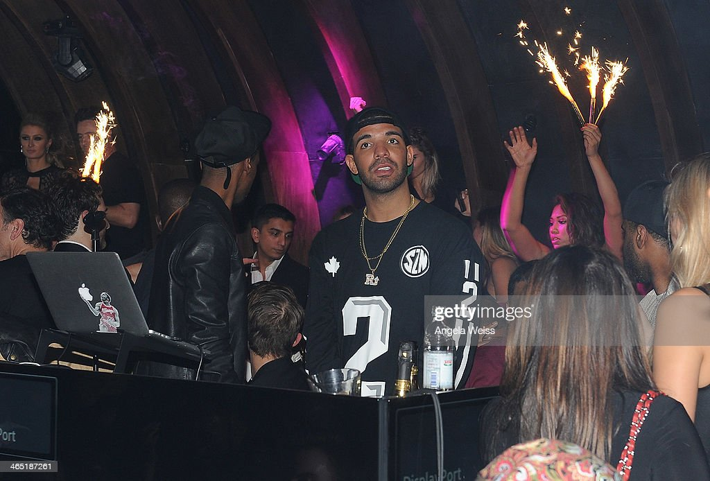 <a gi-track='captionPersonalityLinkClicked' href=/galleries/search?phrase=Drake+-+Entertainer&family=editorial&specificpeople=6927008 ng-click='$event.stopPropagation()'>Drake</a> performs at the 1 OAK LA Grand Opening Weekend hosted by Jay Z and presented by D'usse on January 25, 2014 in Los Angeles, California.