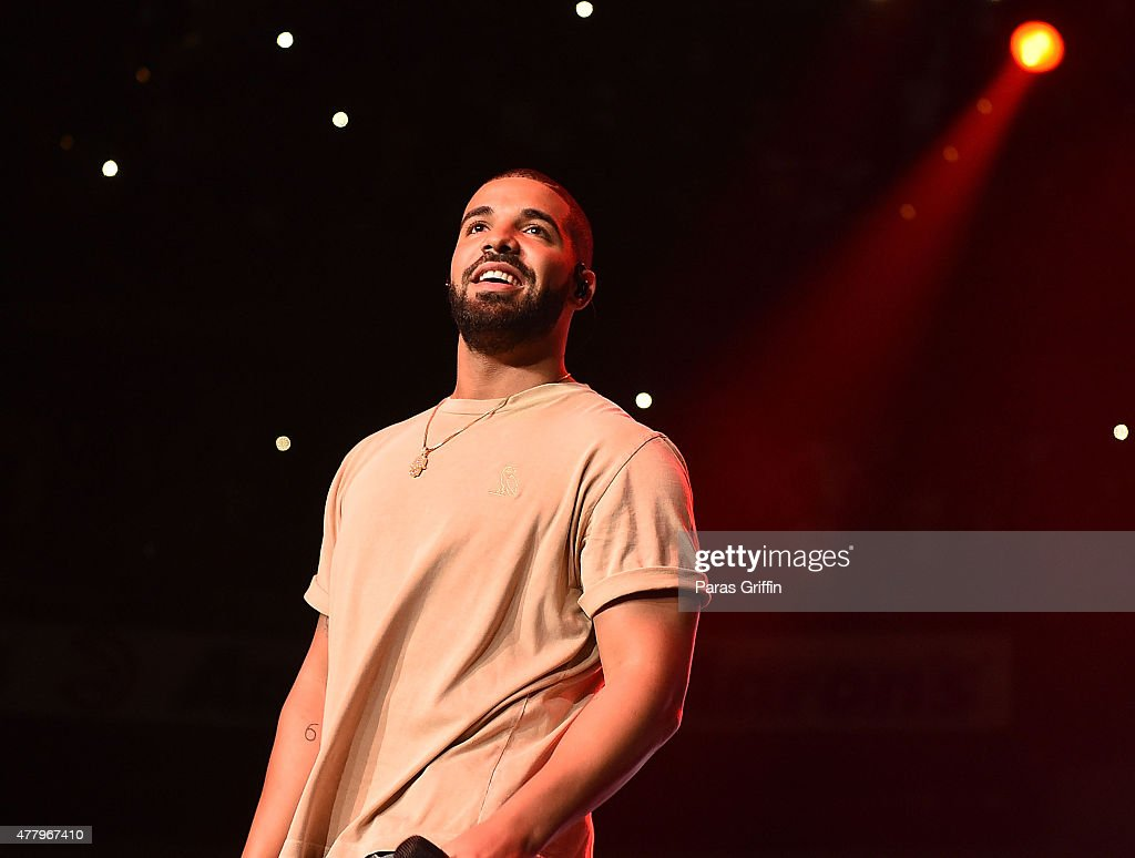 <a gi-track='captionPersonalityLinkClicked' href=/galleries/search?phrase=Drake+-+Entertainer&family=editorial&specificpeople=6927008 ng-click='$event.stopPropagation()'>Drake</a> performs onstage at Hot 107.9 Birthday Bash Block Show at Phillips Arena on June 20, 2015 in Atlanta, Georgia.