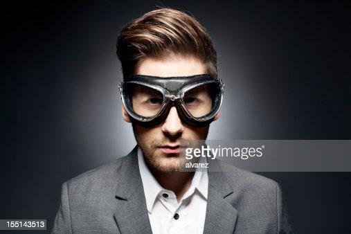 Superbe Portrait d'un homme avec des lunettes de