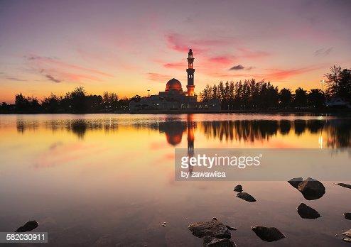Dramatic Sunset Over,Tengku Zaharah Tengah Mosque.