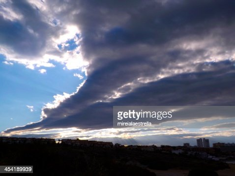 drawing the sky (expressão inglesa) : Foto de stock