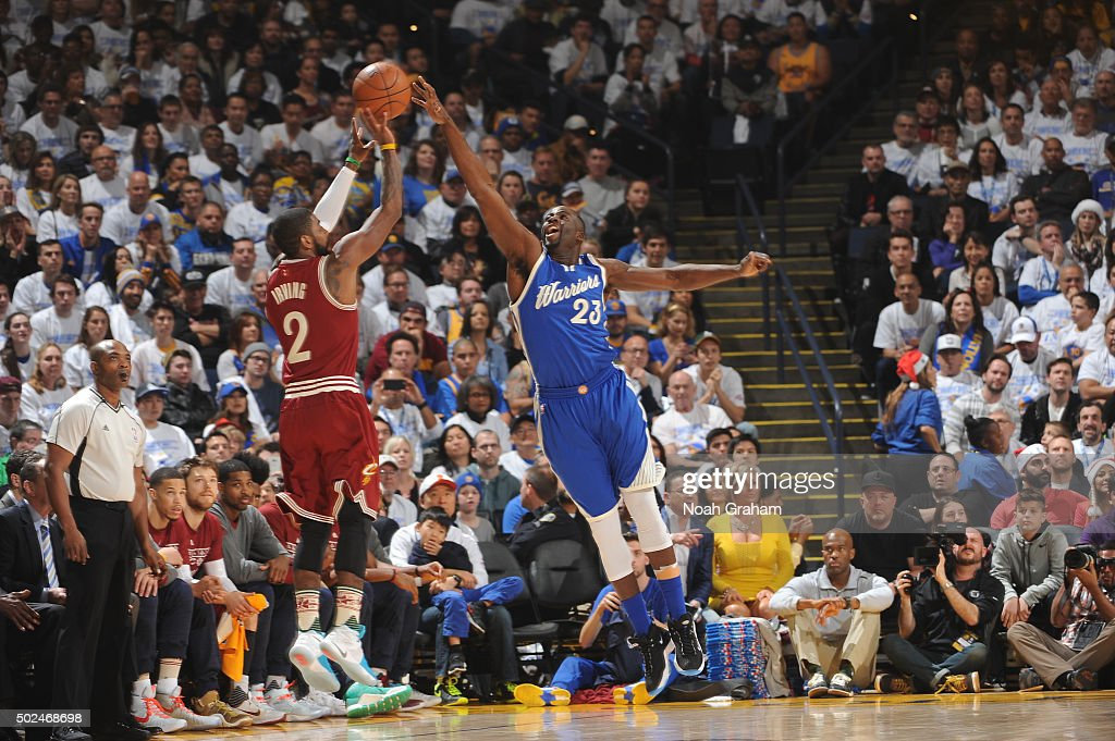 Draymond Green of the Golden State Warriors attempts to block a shot against the Cleveland Cavaliers on December 25 2015 at ORACLE Arena in...