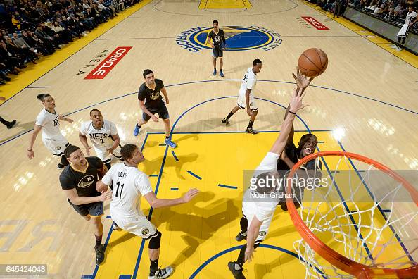 Draymond Green of the Golden State Warriors shoots the ball against the Brooklyn Nets on February 25 2017 at ORACLE Arena in Oakland California NOTE...