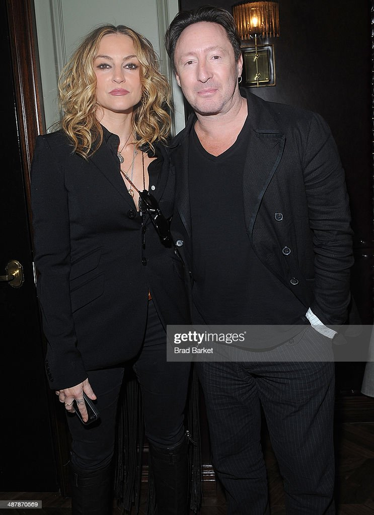 <a gi-track='captionPersonalityLinkClicked' href=/galleries/search?phrase=Drea+de+Matteo&family=editorial&specificpeople=204714 ng-click='$event.stopPropagation()'>Drea de Matteo</a> (L) and <a gi-track='captionPersonalityLinkClicked' href=/galleries/search?phrase=Julian+Lennon&family=editorial&specificpeople=211480 ng-click='$event.stopPropagation()'>Julian Lennon</a> attend the Endemol Beyond NewFronts Presentation Sponsored at Gilded Lily on May 2, 2014 in New York City.