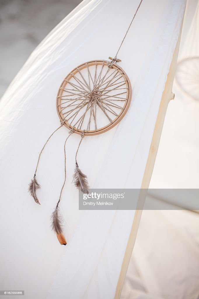 Dreamcatcher on white tent. : Foto de stock