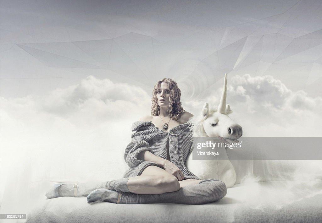 Rapariga a sonhadora : Foto de stock