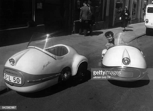 'DreiradMopedauto' BrütschMopetta und 'DreiradRollerauto'BrütschRollera 1957