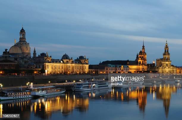 Dresden Brühlsche Terrasse Promenade am Abend