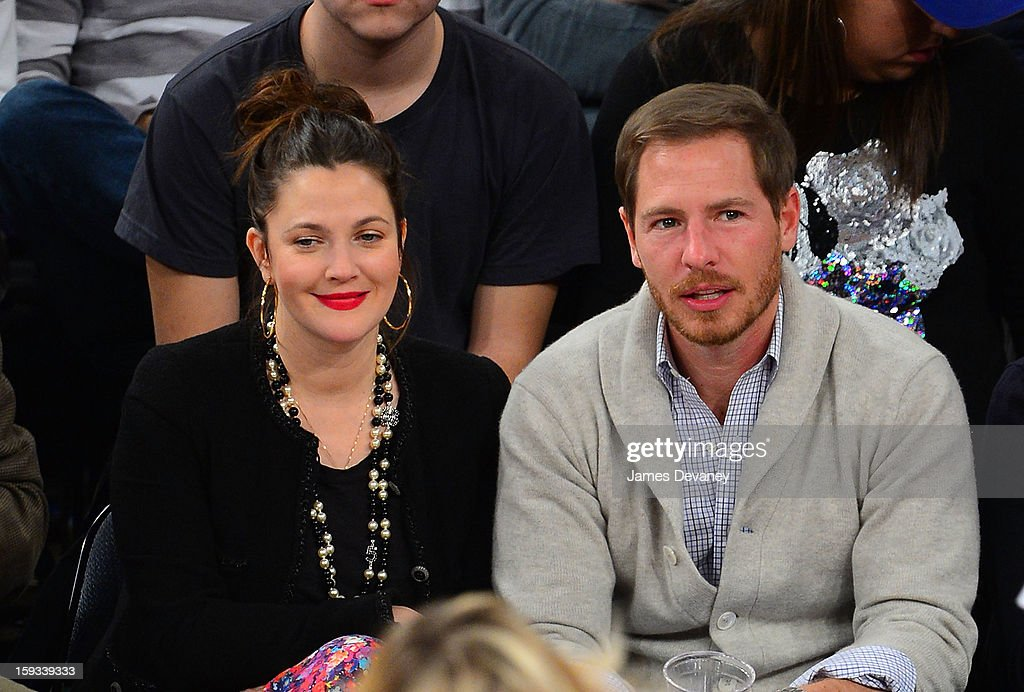 <a gi-track='captionPersonalityLinkClicked' href=/galleries/search?phrase=Drew+Barrymore&family=editorial&specificpeople=201623 ng-click='$event.stopPropagation()'>Drew Barrymore</a> and <a gi-track='captionPersonalityLinkClicked' href=/galleries/search?phrase=Will+Kopelman&family=editorial&specificpeople=6534115 ng-click='$event.stopPropagation()'>Will Kopelman</a> attend the Chicago Bulls vs New York Knicks game at Madison Square Garden on January 11, 2013 in New York City.