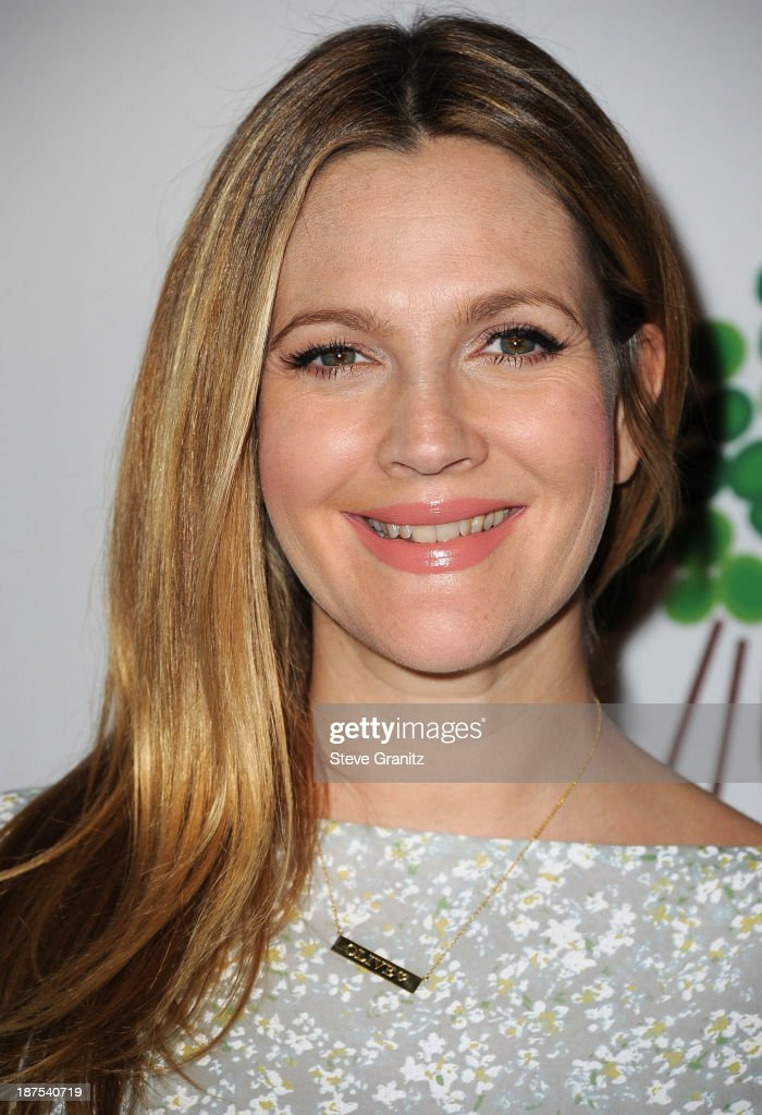 <a gi-track='captionPersonalityLinkClicked' href=/galleries/search?phrase=Drew+Barrymore&family=editorial&specificpeople=201623 ng-click='$event.stopPropagation()'>Drew Barrymore</a> arrives at the 2nd Annual Baby2Baby Gala at The Book Bindery on November 9, 2013 in Culver City, California.