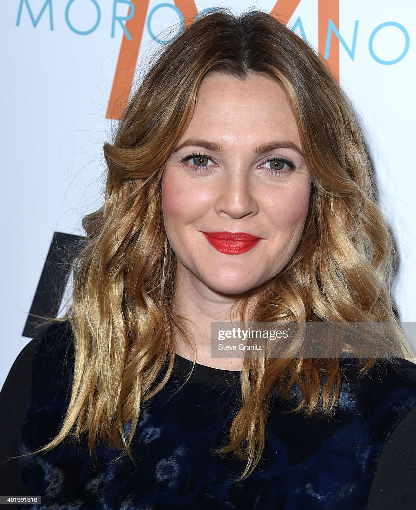 Drew Barrymore arrives at the The Daily Front Row's 1st Annual Fashion Los Angeles Awards at Sunset Tower Hotel on January 22, 2015 in West Hollywood, California.