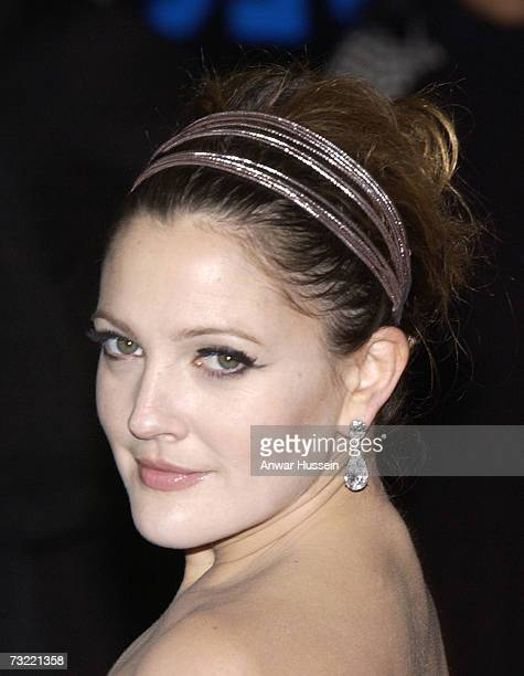 Drew Barrymore arrives at the world premiere of 'Music And Lyrics' at the Odeon Leicester Square on February 5 2007 in London England