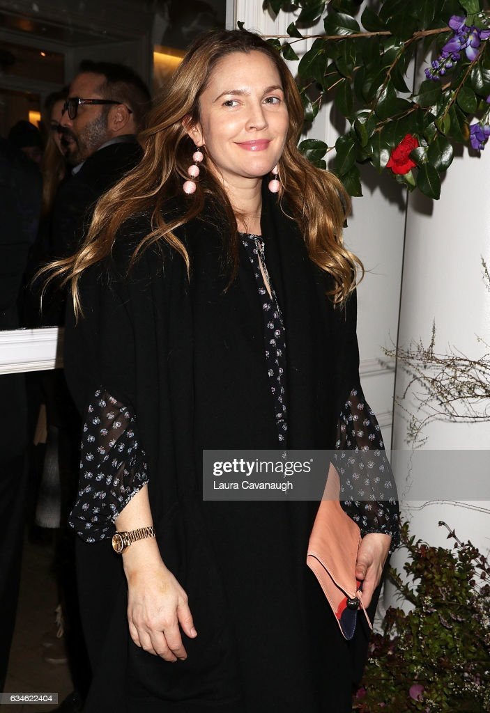 Drew Barrymore attends the Club Monaco Presentation during February 2017 New York Fashion Week at Club Monaco Fifth Avenue on February 10, 2017 in New York City.
