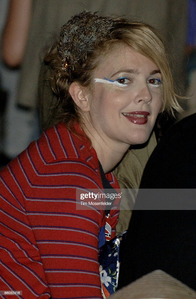 Drew Barrymore attends the M.I.A. performance at the Coachella Valley Music and Arts Festival at the Empire Polo Fields on April 18, 2009 in Indio, California.