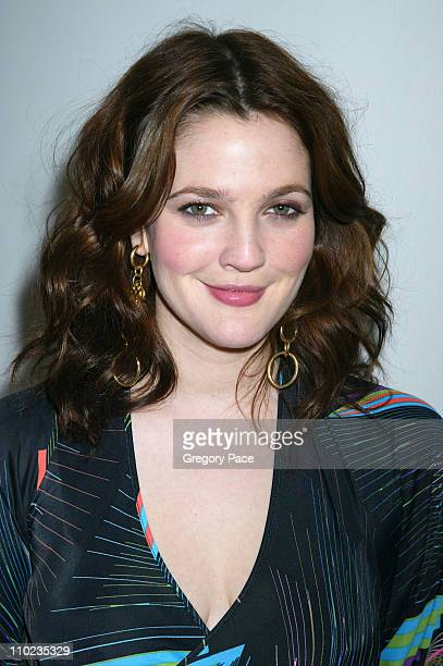 Drew Barrymore during Drew Barrymore and Jimmy Fallon Visit MTV's 'TRL' April 5 2005 at MTV Studios Times Square in New York City New York United...