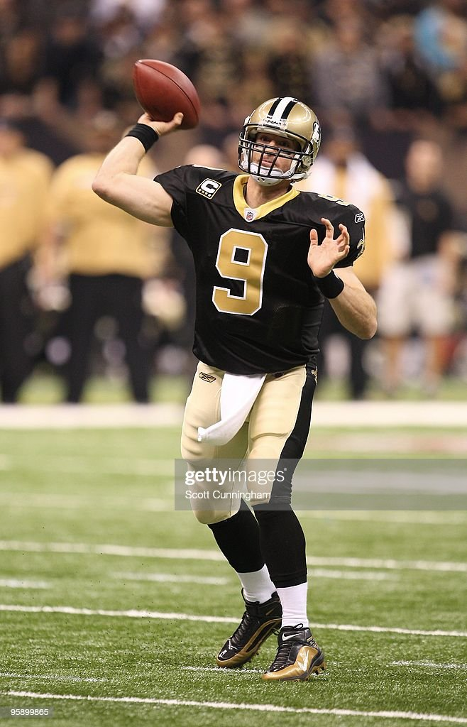<a gi-track='captionPersonalityLinkClicked' href=/galleries/search?phrase=Drew+Brees&family=editorial&specificpeople=202562 ng-click='$event.stopPropagation()'>Drew Brees</a> #9 of the New Orleans Saints passes during the NFC Divisional Playoff Game against the Arizona Cardinals at the Louisiana Superdome on January 16, 2010 in New Orleans, Louisiana.