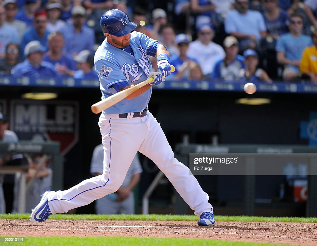 <a gi-track='captionPersonalityLinkClicked' href=/galleries/search?phrase=Drew+Butera&family=editorial&specificpeople=4175498 ng-click='$event.stopPropagation()'>Drew Butera</a> #9 of the Kansas City Royals hits a RBI double against the Chicago White Sox in the ninth inning at Kauffman Stadium on May 28, 2016 in Kansas City, Missouri. The Royals won 8-7.