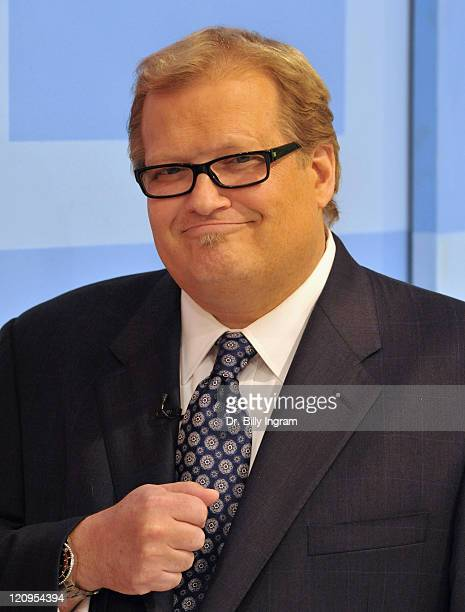 Drew Carey host of ''The Price is Right'' welcomes a special appearance by Bob Barker at CBS Studios on March 25 2009 in Los Angeles California