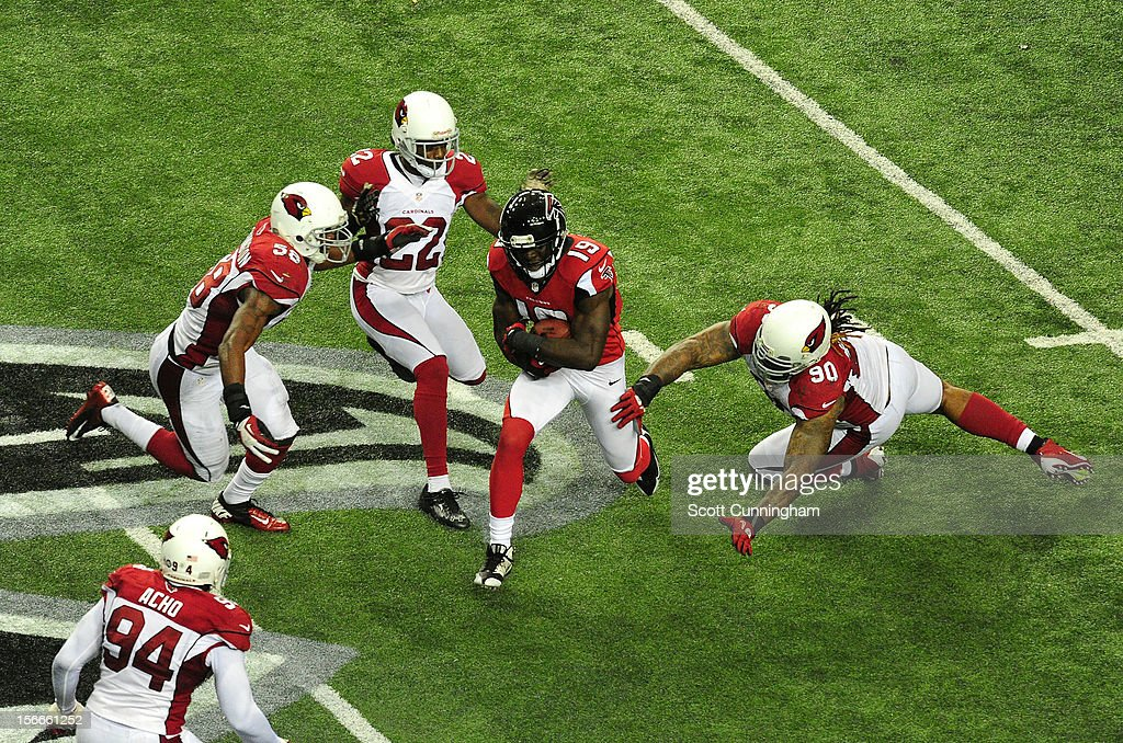Drew Davis #19 of the Atlanta Falcons runs with a catch against the Arizona Cardinals at the Georgia Dome on November 18, 2012 in Atlanta, Georgia