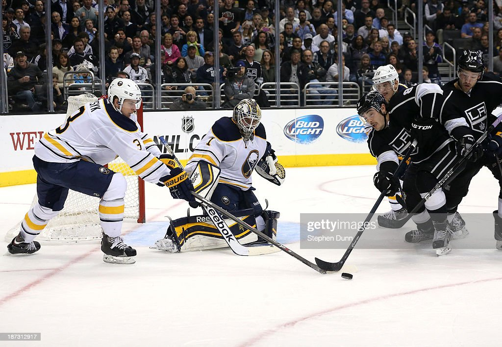 Buffalo Sabres v Los Angeles Kings