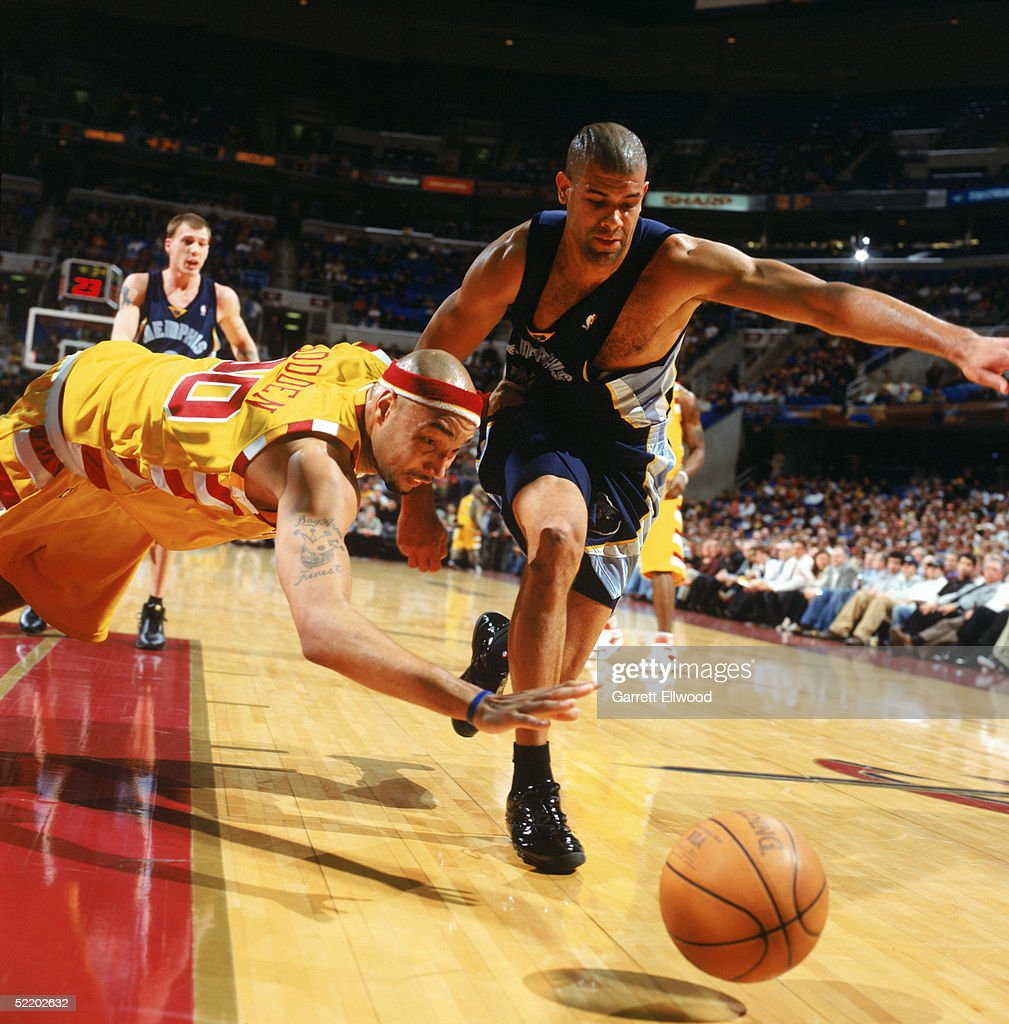 Memphis Grizzlies v Cleveland Cavaliers s and
