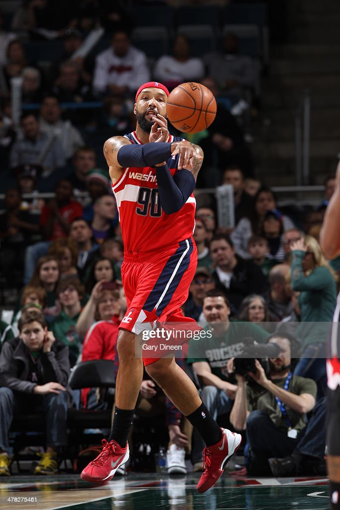 Drew Gooden #90 of the Washington Wizards passes the ball against the Milwaukee Bucks on March 8, 2014 at the BMO Harris Bradley Center in Milwaukee, Wisconsin.