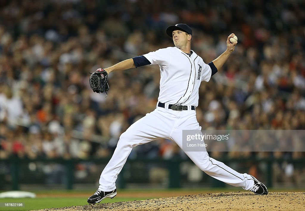 <a gi-track='captionPersonalityLinkClicked' href=/galleries/search?phrase=Drew+Smyly&family=editorial&specificpeople=5928397 ng-click='$event.stopPropagation()'>Drew Smyly</a> #33 of the Detroit Tigers pitches in the eight innng of the game against the Minnesota Twins at Comerica Park on April 30, 2013 in Detroit, Michigan. The Tigers defeated the Twins 6-1.