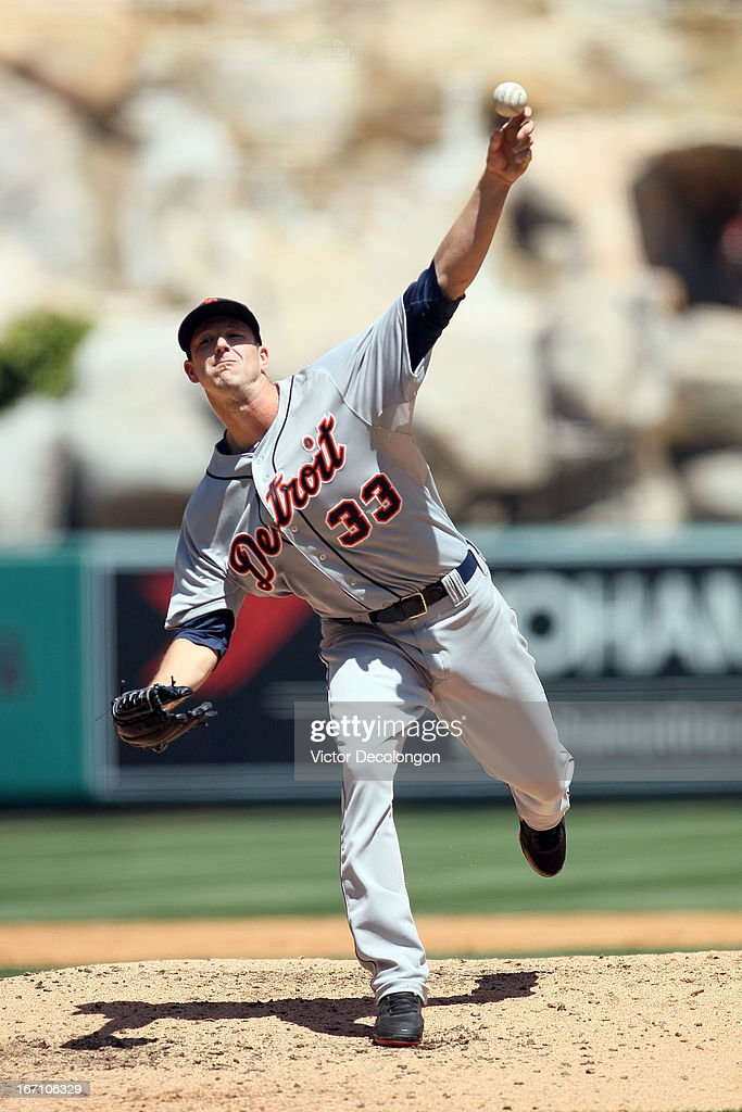 <a gi-track='captionPersonalityLinkClicked' href=/galleries/search?phrase=Drew+Smyly&family=editorial&specificpeople=5928397 ng-click='$event.stopPropagation()'>Drew Smyly</a> #33 of the Detroit Tigers pitches in the second inning against the Los Angeles Angels of Anaheim during the MLB game at Angel Stadium of Anaheim on April 20, 2013 in Anaheim, California. The Angels defeated the Tigers 10-0.