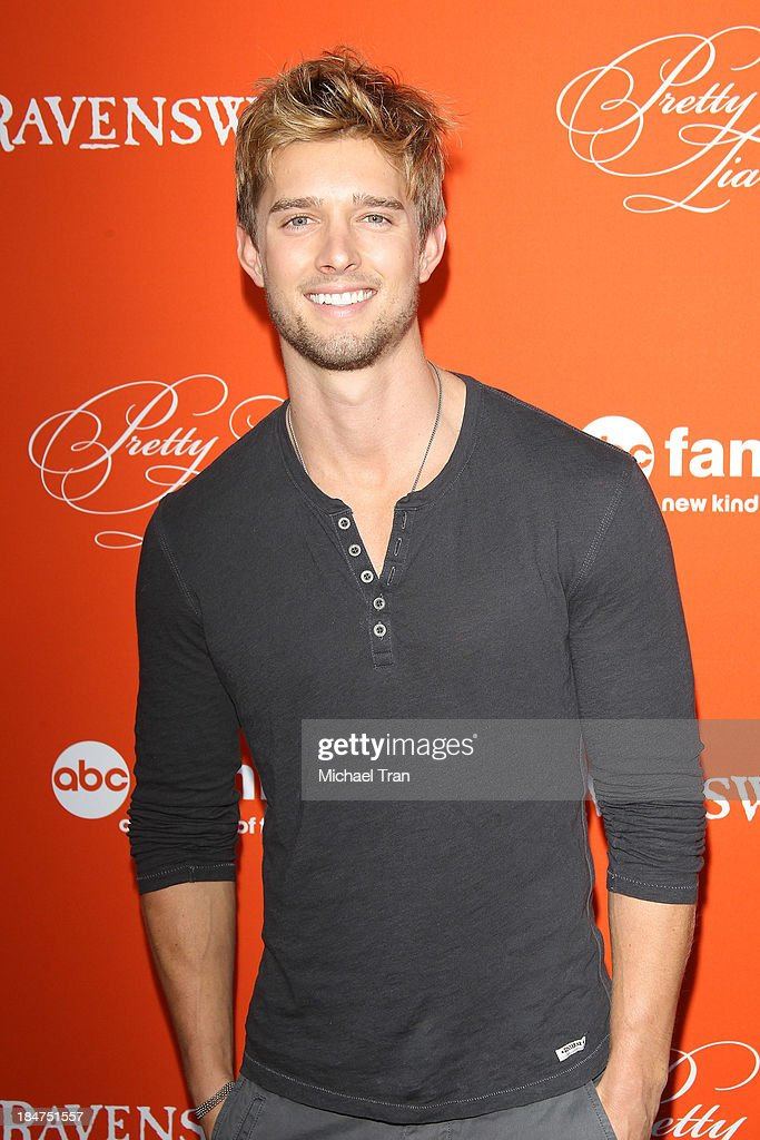Drew Van Acker arrives at the 'Pretty Little Liars' celebrates Halloween episode held at Hollywood Forever on October 15, 2013 in Hollywood, California.