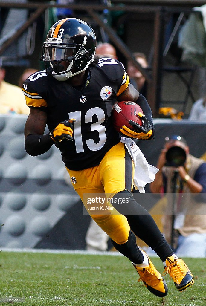 <a gi-track='captionPersonalityLinkClicked' href=/galleries/search?phrase=Dri+Archer&family=editorial&specificpeople=9689813 ng-click='$event.stopPropagation()'>Dri Archer</a> #13 of the Pittsburgh Steelers plays against the Cleveland Browns on September 7, 2014 at Heinz Field in Pittsburgh, Pennsylvania.