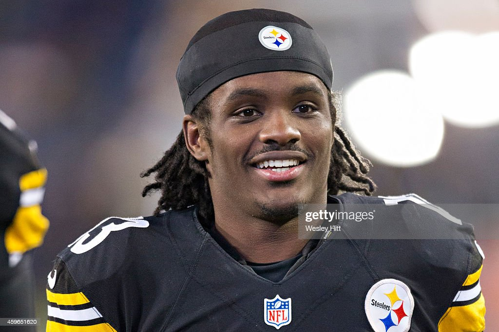 <a gi-track='captionPersonalityLinkClicked' href=/galleries/search?phrase=Dri+Archer&family=editorial&specificpeople=9689813 ng-click='$event.stopPropagation()'>Dri Archer</a> #13 of the Pittsburgh Steelers warming up before a game against the Tennessee Titans at LP Field on November 17, 2014 in Nashville, Tennessee. The Steelers defeated the Titans 27-24.