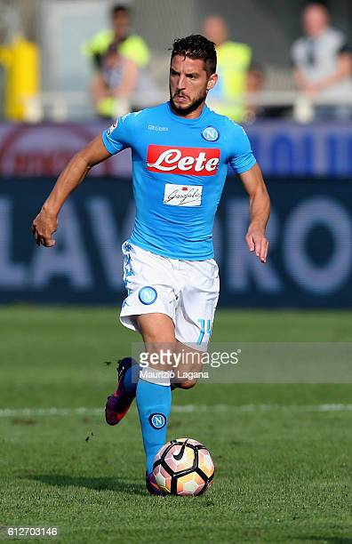 Dries Mertens of Napoli during the Serie A match between Atalanta BC and SSC Napoli at Stadio Atleti Azzurri d'Italia on October 2 2016 in Bergamo...