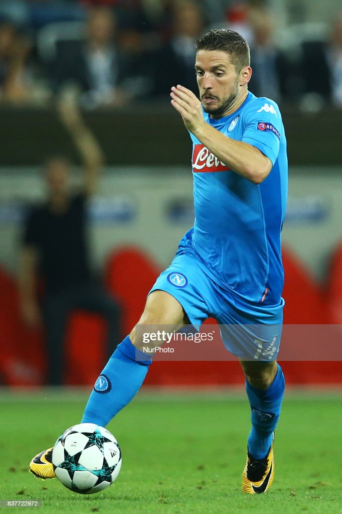 Dries Mertens of Napoli during the UEFA Champions League Qualifying Play-Offs round, second leg match, between OGC Nice and SSC Napoli at Allianz Riviera Stadium on August 22, 2017 in Nice, France.
