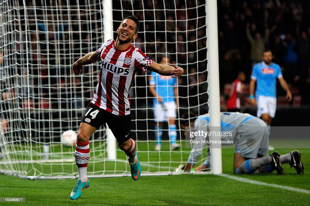 <a gi-track='captionPersonalityLinkClicked' href=/galleries/search?phrase=Dries+Mertens&family=editorial&specificpeople=6524919 ng-click='$event.stopPropagation()'>Dries Mertens</a> of PSV Eindhoven celebrates scoring the second goal of the game during the UEFA Europa League Group F match between PSV Eindhoven and SSC Napoli at the Philips Stadion on October 4, 2012 in Eindhoven, Netherlands.