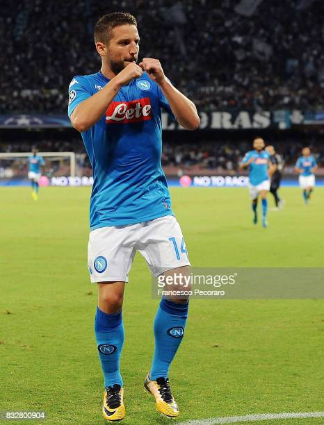 Dries Mertens of SSC Napoli celebrates after scoring goal 10 during the UEFA Champions League Qualifying PlayOffs Round First Leg match between SSC...