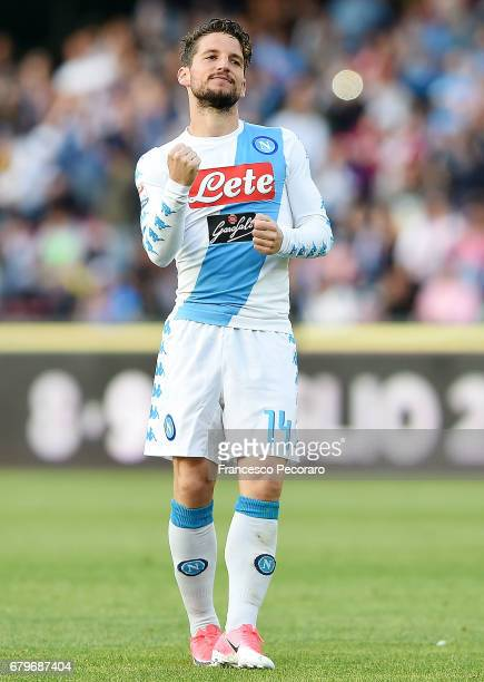 Dries Mertens of SSC Napoli celebrates after scoring goal 20 during the Serie A match between SSC Napoli and Cagliari Calcio at Stadio San Paolo on...