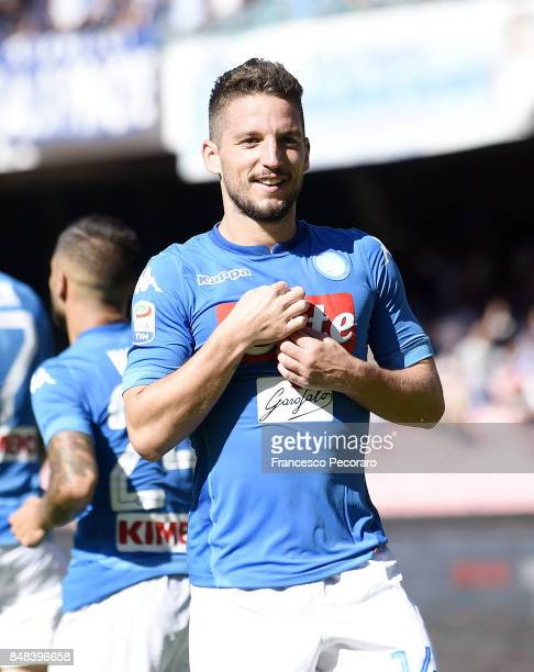 Dries Mertens of SSC Napoli celebrates after scoring goal 30 during the Serie A match between SSC Napoli and Benevento Calcio at Stadio San Paolo on...