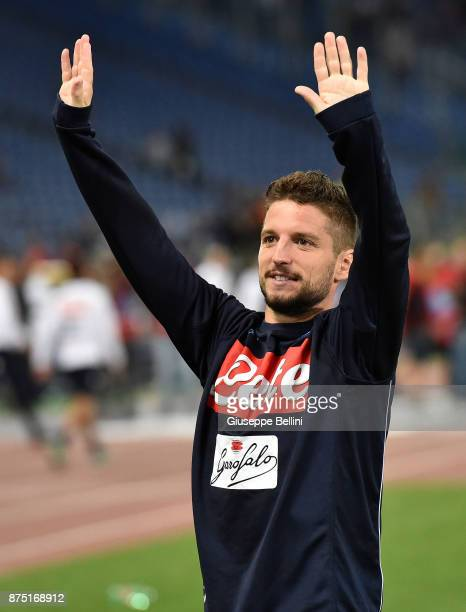 Dries Mertens of SSC Napoli celebrates the victory after the Serie A match between SS Lazio and SSC Napoli at Stadio Olimpico on September 20 2017 in...