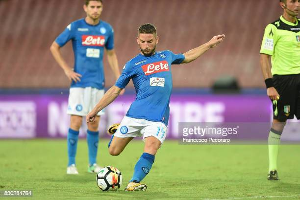 Dries Mertens of SSC Napoli in action during the preseason friendly match between SSC Napoli and Espanyol at Stadio San Paolo on August 10 2017 in...