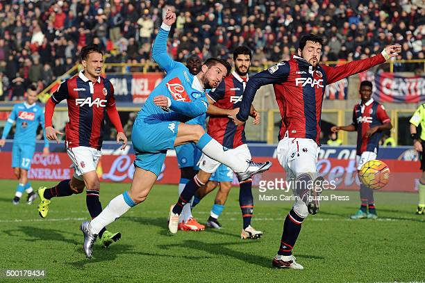 Dries Mertens of SSC Napoli in action during the Serie A match between Bologna FC and SSC Napoli at Stadio Renato Dall'Ara on December 6 2015 in...