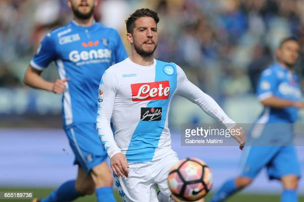 Dries Mertens of SSC Napoli in action during the Serie A match between Empoli FC and SSC Napoli at Stadio Carlo Castellani on March 19 2017 in Empoli...