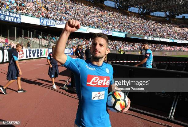 Dries Mertens of SSC Napoli in action during the Serie A match between SSC Napoli and Benevento Calcio at Stadio San Paolo on September 17 2017 in...