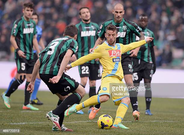 Dries Mertens of SSC Napoli in action during the Serie A match between US Sassuolo Calcio and SSC Napoli on February 16 2014 in Reggio nell'Emilia...