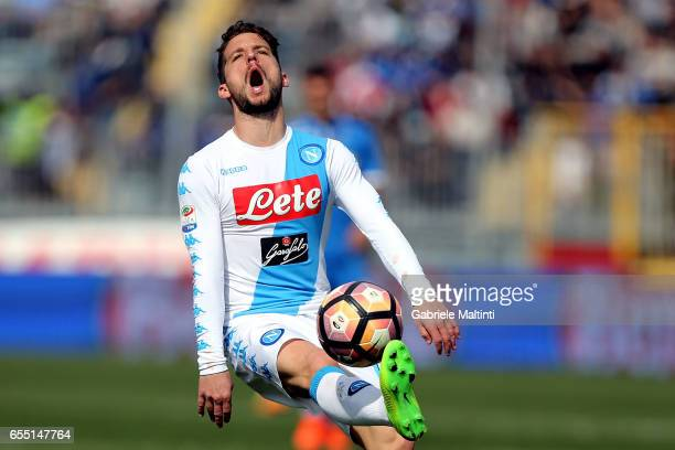 Dries Mertens of SSC Napoli reacts during the Serie A match between Empoli FC and SSC Napoli at Stadio Carlo Castellani on March 19 2017 in Empoli...